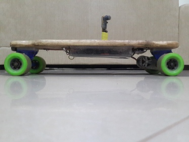 90mm wheels, 700 mm deck length