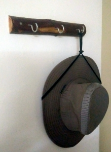 simple-cloth-hanger